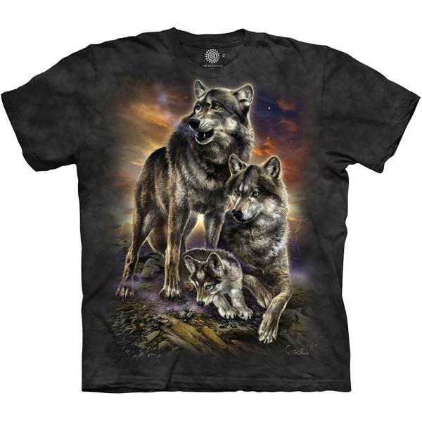 The Mountain T-Shirt Wolf Family Sunrise